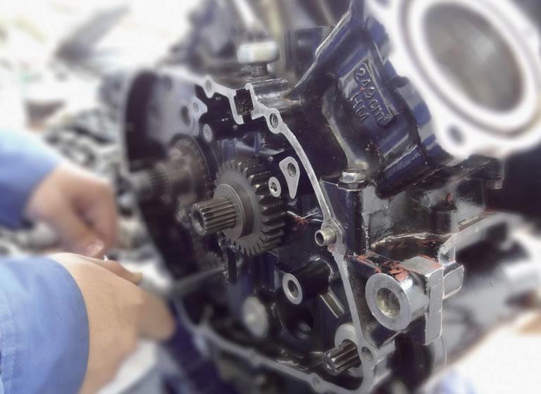 二輪エンジン実習