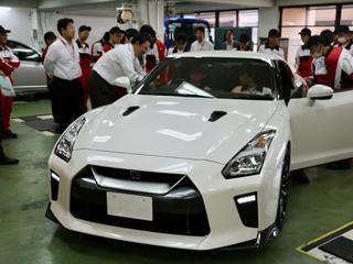 日産自動車株式会社1