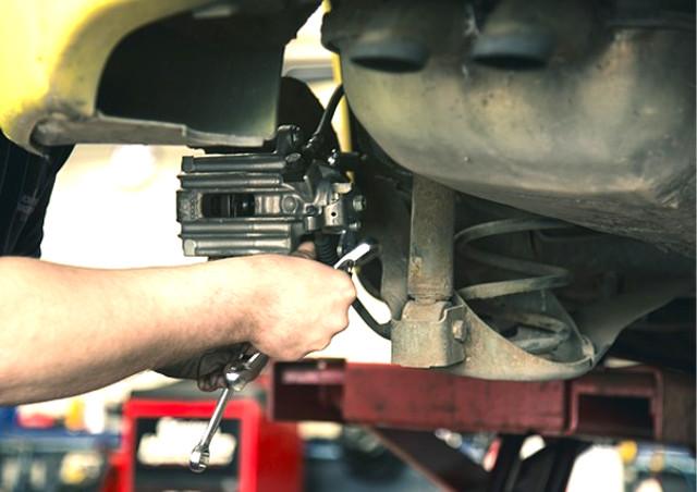 自動車に関するノウハウが学べる専門学校を関西でお探しなら自動車整備の基礎から学べるYIC京都へ