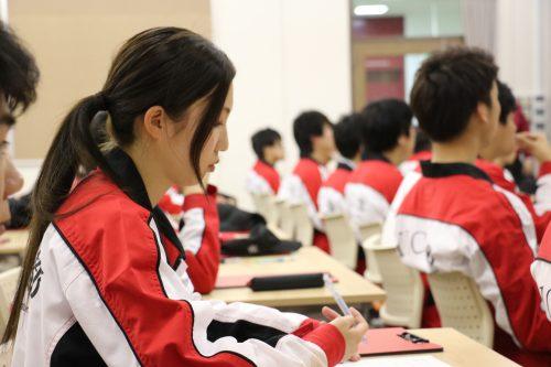 京都で学ぶ自動車整備の専門学校