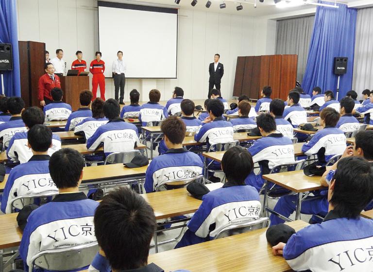 職業実践授業「メーカー主催の技術講習会」