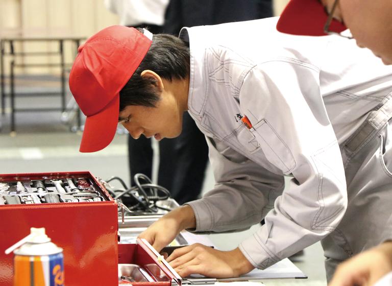 京都府自動車整備技能競技大会